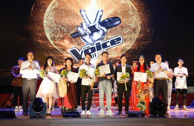 """Nữ sinh Công nghệ thông tin đăng quang """"Giọng hát hay sinh viên HaUI 2019""""  - 7"""