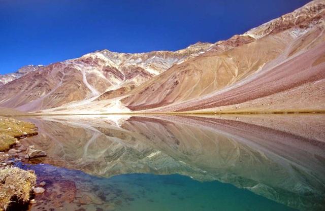 Vẻ đẹp ít người biết tới ở vùng đất kỳ lạ nhất thế giới - 16