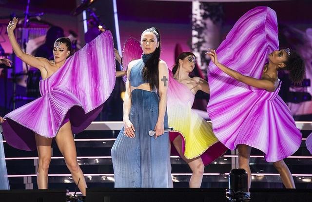 Spice Girls trẻ trung ngày tái hợp - 10