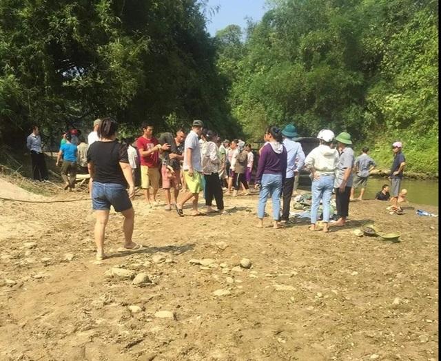Lào Cai: Đi tắm suối, 4 nữ sinh chết đuối thương tâm - 1