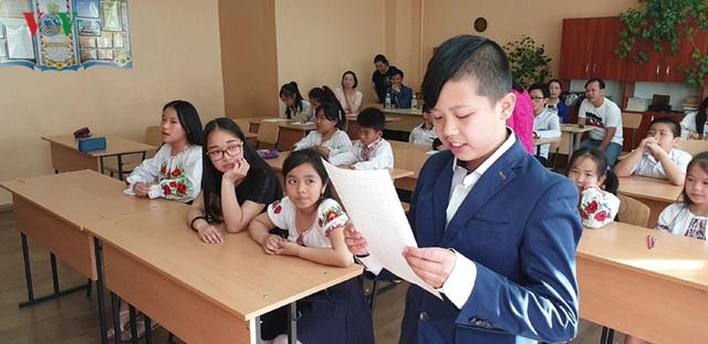 Cuộc thi Olympic tiếng Việt đầu tiên tại Kiev (Ukraine) - 2