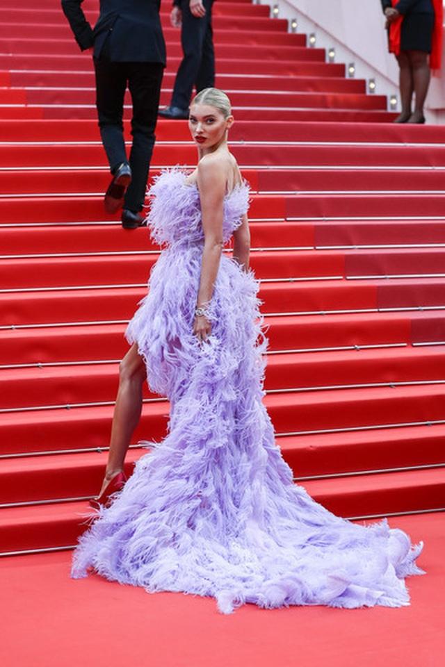 Elsa Hosk rực rỡ với váy tím - 7