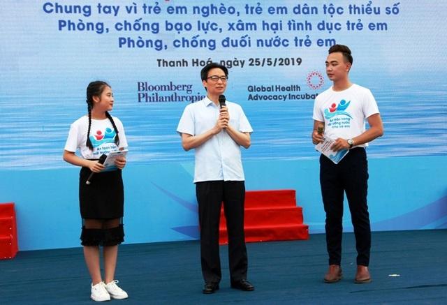 Phó Thủ tướng: Còn không ít trẻ bị bạo hành, bị bóc lột sức lao động và tình dục - 1