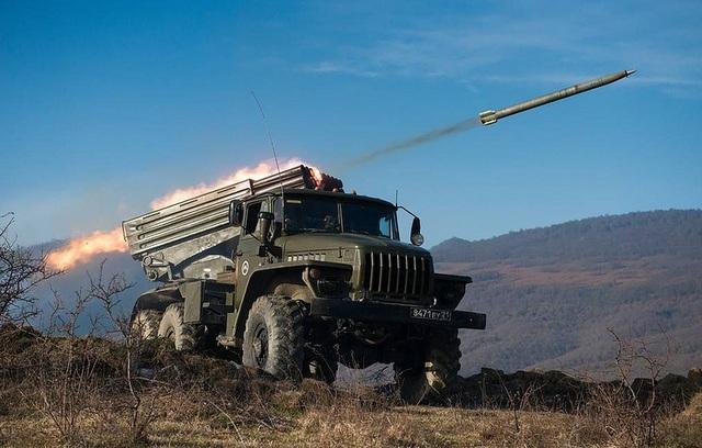 Nga nghiên cứu khả năng chế tạo tên lửa điện từ - 1