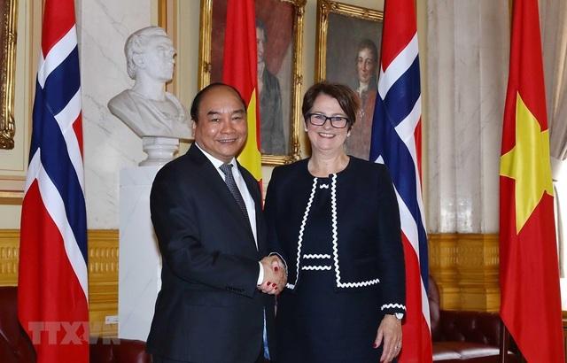 Thủ tướng Nguyễn Xuân Phúc hội kiến Chủ tịch Quốc hội Na Uy - 1