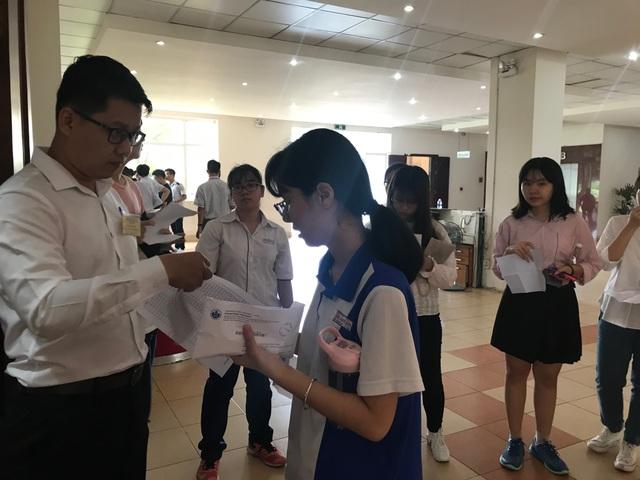 Gần 4.000 thí sinh thi kiểm tra năng lực vào trường ĐH Quốc tế - 1
