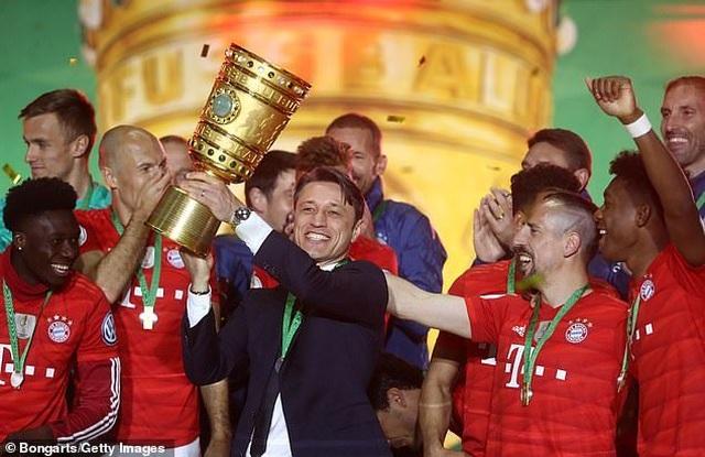Lewandowski lập cú đúp, Bayern Munich hoàn tất cú đúp giải quốc nội - 3