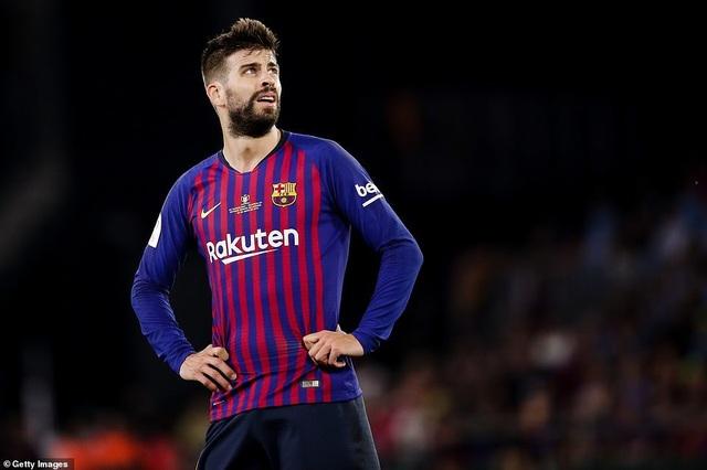 Messi bất lực trong ngày Barcelona gục ngã trước Valencia - 10