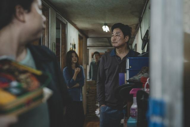 Có gì trong bộ phim Hàn Quốc đầu tiên giành giải Cành Cọ Vàng? - 3