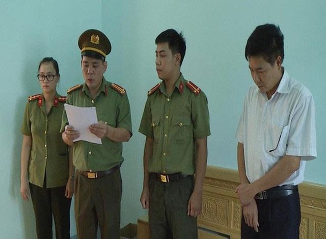 8 thí sinh được Phó Giám đốc Sở GD-ĐT  Sơn La nâng điểm là con những ai? - 1