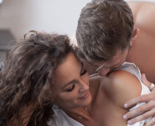 Tôi lo chồng mình đã ngủ với gái bán dâm trong chuyến đi công tác - 1