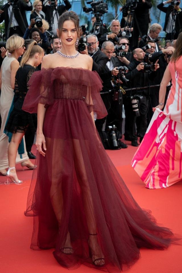 Những bộ váy đẹp nhất trên thảm đỏ Cannes 2019 - 8
