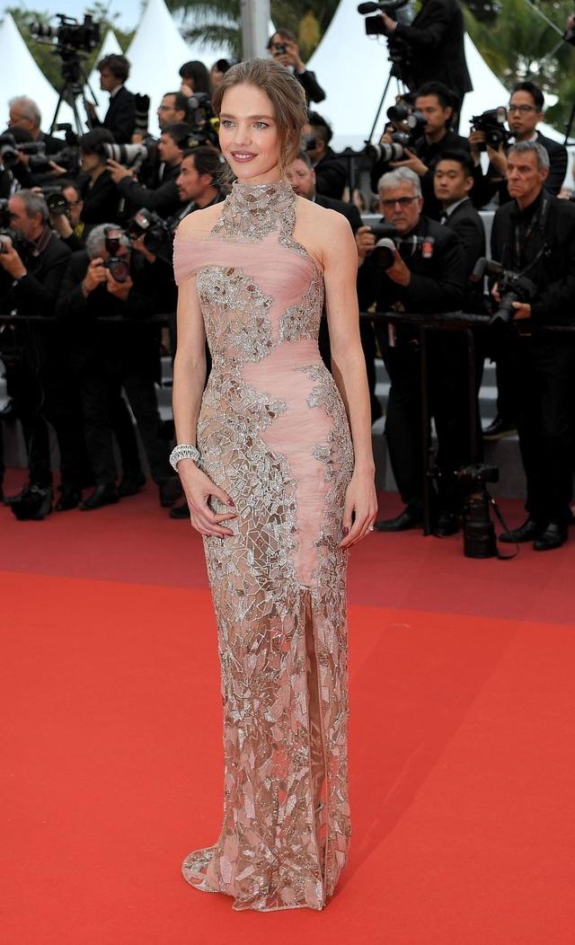 Những bộ váy đẹp nhất trên thảm đỏ Cannes 2019 - 16