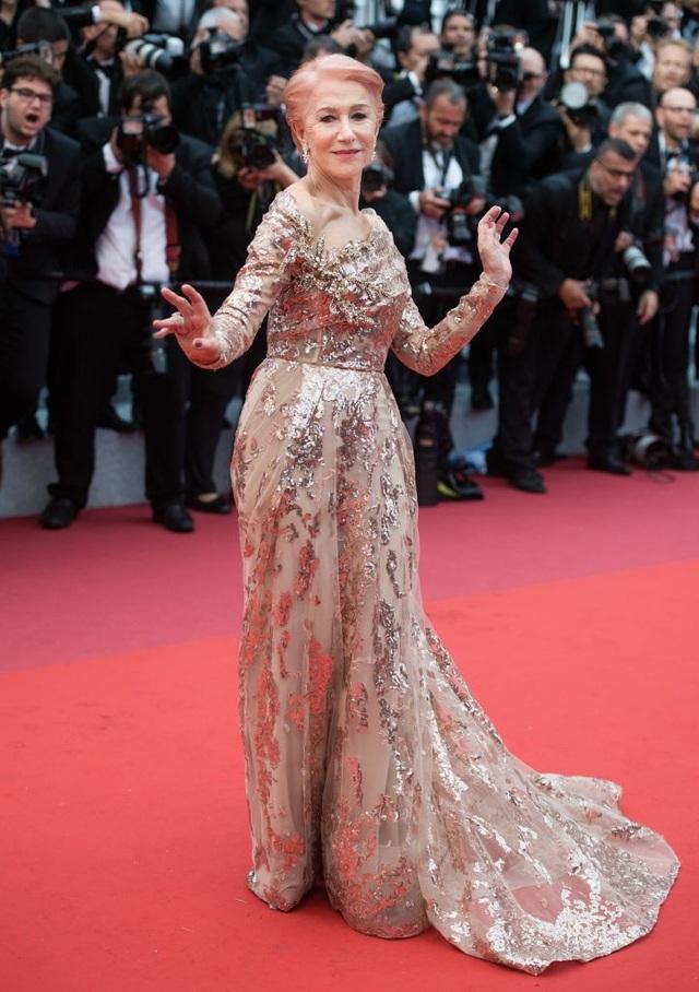 Những bộ váy đẹp nhất trên thảm đỏ Cannes 2019 - 18