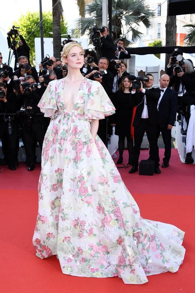 Những bộ váy đẹp nhất trên thảm đỏ Cannes 2019 - 40