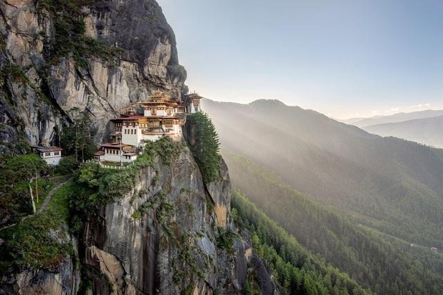 Vẻ đẹp của 10 địa danh tâm linh nổi tiếng thế giới - 2