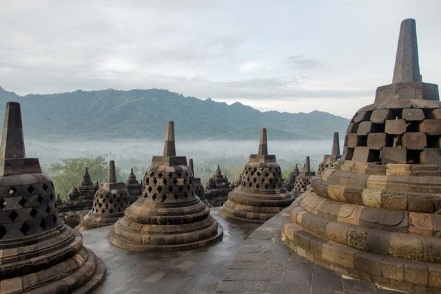 Vẻ đẹp của 10 địa danh tâm linh nổi tiếng thế giới - 3