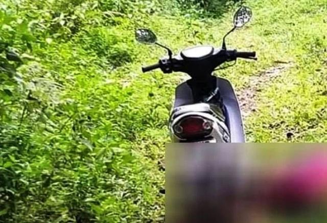 Phát hiện nam thanh niên nằm gục chết trên đồi, cạnh xe máy - 1