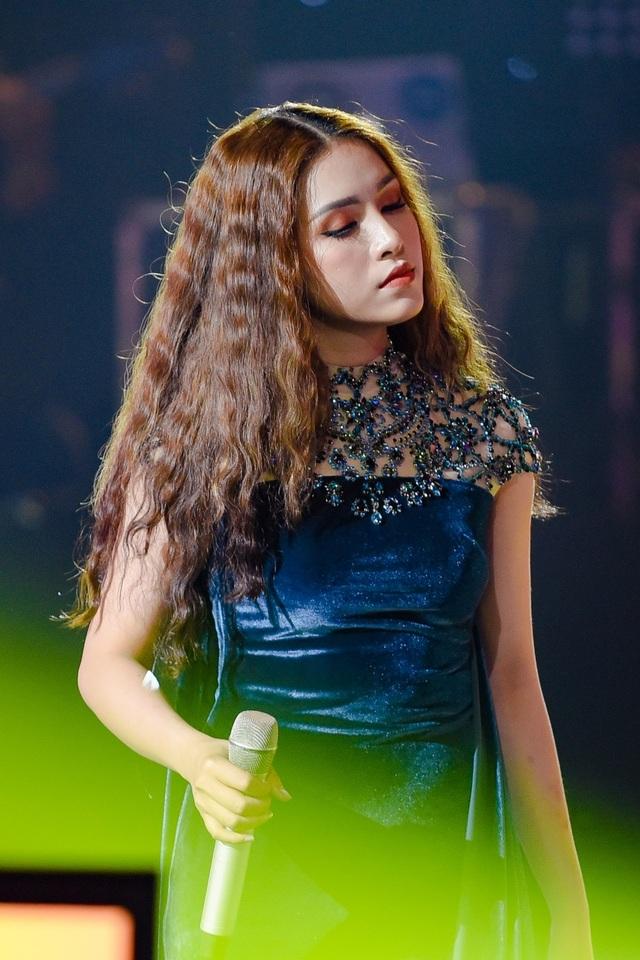 Noo Phước Thịnh chỉnh thái độ hai hotgirl hát hit Mỹ Tâm - 2