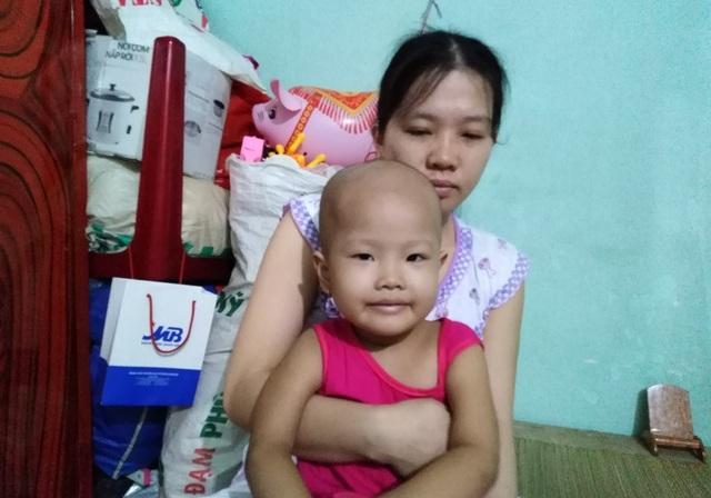 Xót xa bé gái 3 tuổi đã phải chống chọi bệnh ung thư máu - 6