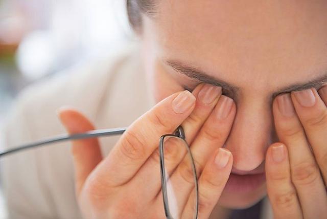 Biện pháp nhanh chóng và hữu hiệu để phòng ngừa và điều trị khô mắt - 1
