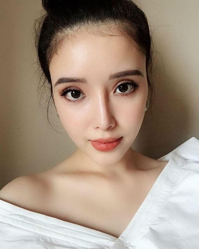 Em gái xinh đẹp của Mai Phương Thúy có phải yêu nữ hàng hiệu như chị? - 2