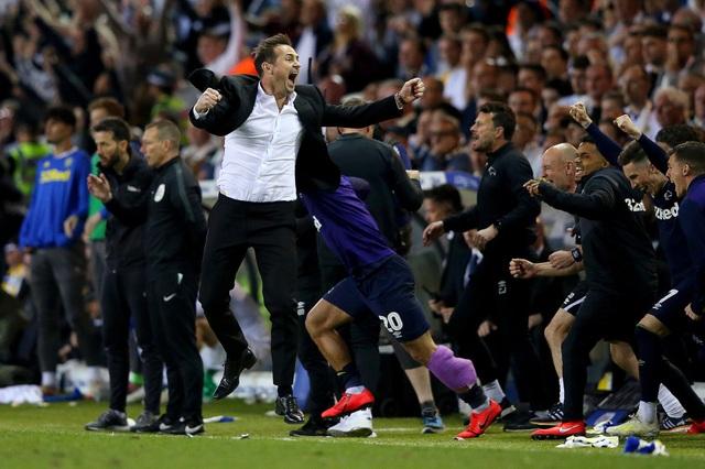 Rộ tin Maurizio Sarri dẫn dắt Juventus và mang Higuain trở lại - 2