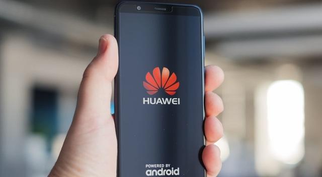 """Mỹ giáng đòn vào Huawei, các """"đại gia"""" kinh doanh smartphone Việt Nam có """"lãnh đủ""""? - 1"""