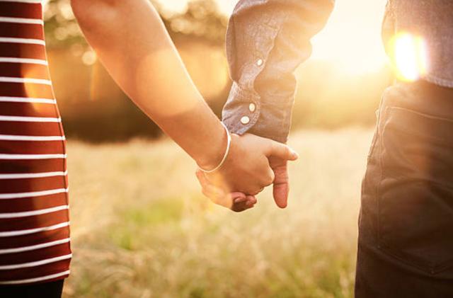 Có đôi khi tình yêu dẫn ta đi lạc đường - 1