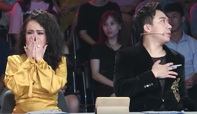 Việt Hương khóc hết nước mắt trước người mẹ hiến tạng con để cứu người - 6