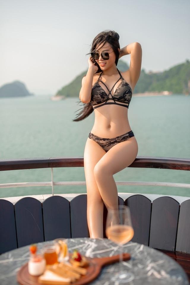 Lan Cave Thanh Hương khoe body nóng bỏng, siêu vòng 3 với bikini - 7