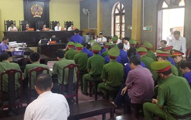 """Xét xử vụ án thuỷ điện Sơn La: Cựu phó giám đốc Sở tố Viện kiểm sát """"vô cảm"""" với dân - 3"""
