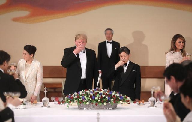 Tổng thống Trump dự quốc yến cùng Nhật hoàng Naruhito - 13