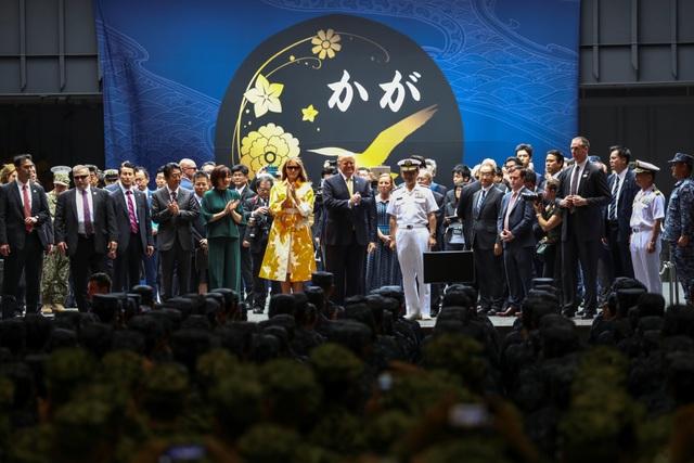 Ông Trump trở thành tổng thống Mỹ đầu tiên thăm tàu chiến Nhật Bản - 6