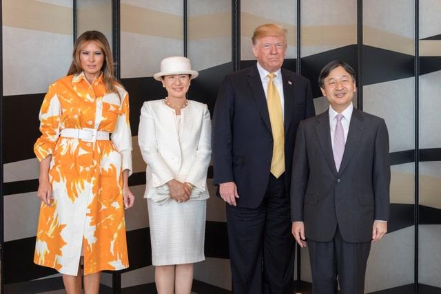 Ông Trump trở thành tổng thống Mỹ đầu tiên thăm tàu chiến Nhật Bản - 12