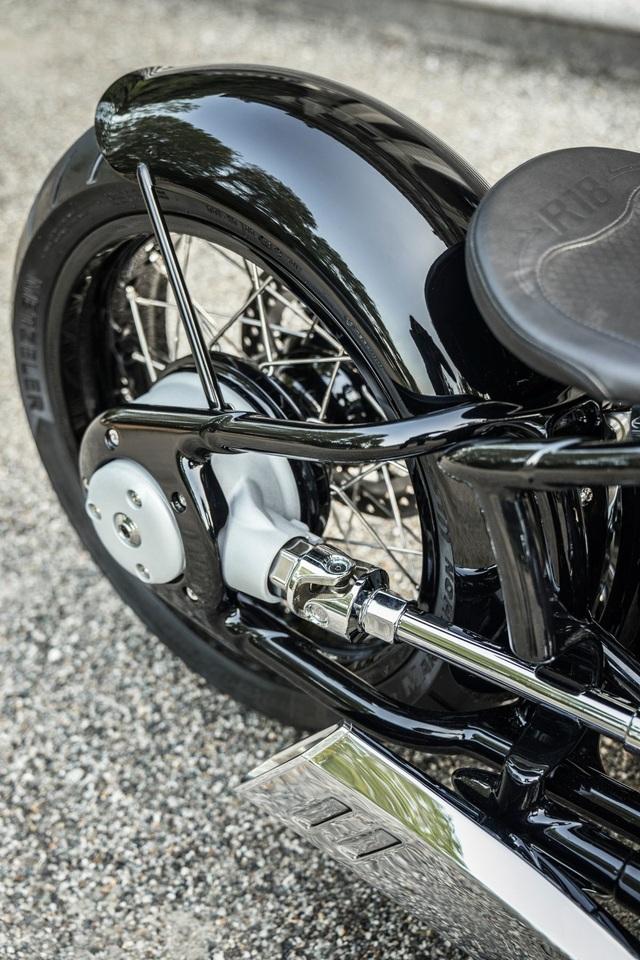 BMW hút hồn người mê môtô bằng concept R18 - 15
