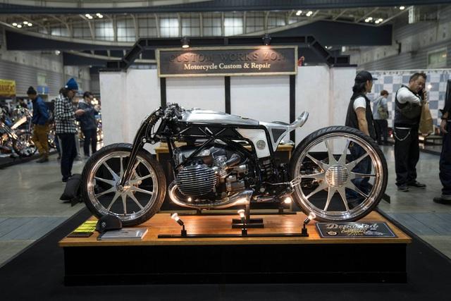 BMW hút hồn người mê môtô bằng concept R18 - 1