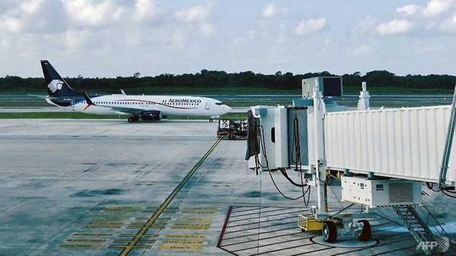 Hành khách tử vong giữa chuyến bay vì nuốt 246 gói ma túy - 1