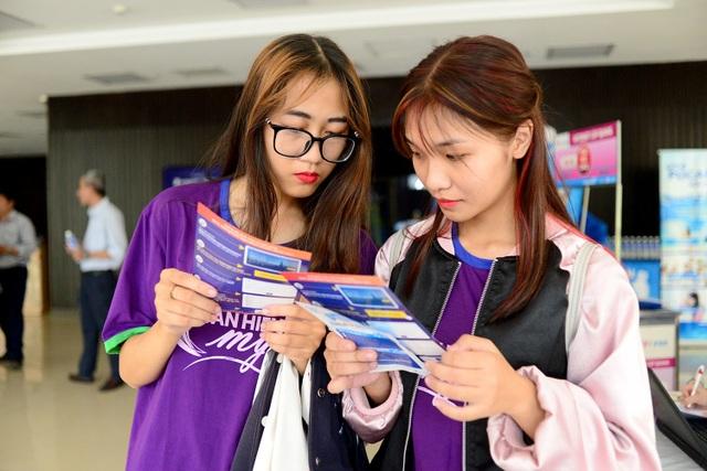 Giải thưởng Nhân tài Đất Việt 2019: Lần đầu tiên giao lưu trực tuyến với các tiến sĩ ở nước ngoài - 9