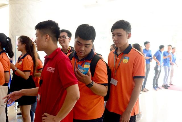 Giải thưởng Nhân tài Đất Việt 2019: Lần đầu tiên giao lưu trực tuyến với các tiến sĩ ở nước ngoài - 10