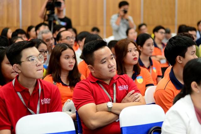 Giải thưởng Nhân tài Đất Việt 2019: Lần đầu tiên giao lưu trực tuyến với các tiến sĩ ở nước ngoài - 2