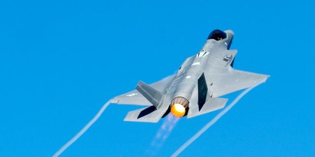 """Ba Lan muốn mua 32 """"tia chớp"""" F-35A của Mỹ giữa lúc căng thẳng với Nga - 1"""