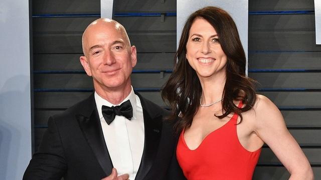 Vợ cũ tỷ phú giàu nhất thế giới quyên góp nửa gia tài làm từ thiện - 1