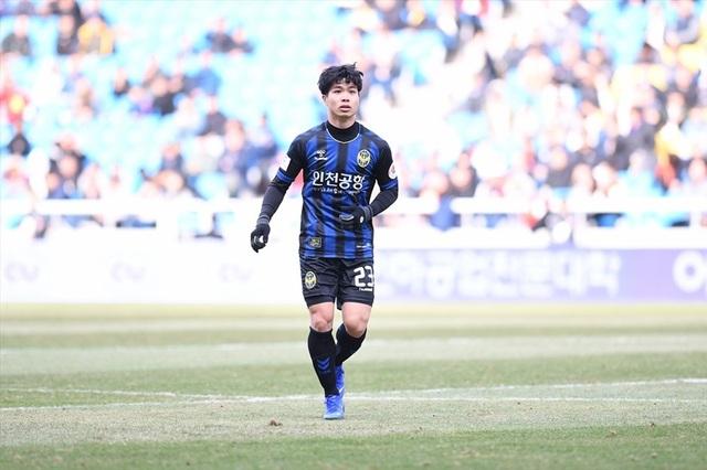 Công Phượng vẫn chật vật tìm chỗ đứng trong đội hình Incheon United - 2