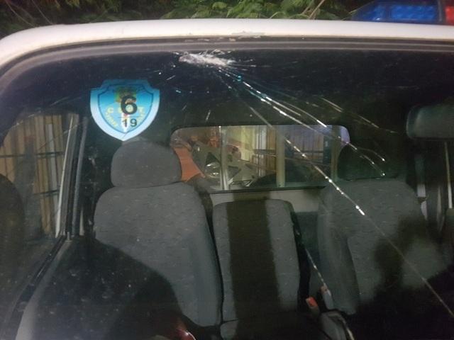 Hà Nội: Thanh niên ngổ ngáo tông gục Cảnh sát giao thông trên phố - 3