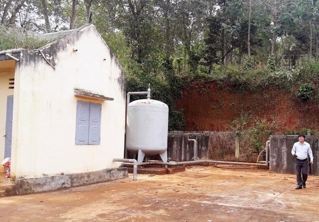 Công trình nước sạch 10 tỷ nằm im, bồi thêm 500 triệu vẫn... vô dụng! - 1