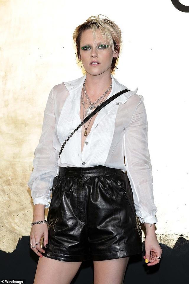Choáng váng trước vẻ ngoài ngày càng nam tính của Kristen Stewart - 2