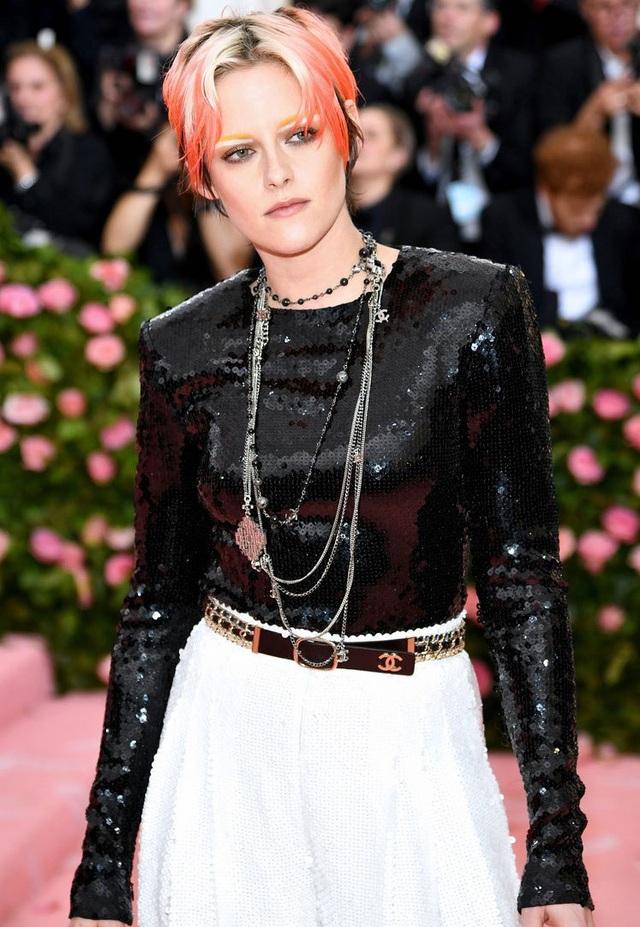 Choáng váng trước vẻ ngoài ngày càng nam tính của Kristen Stewart - 7