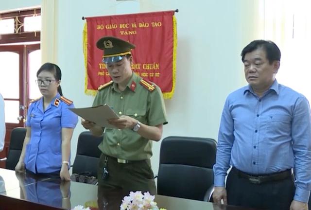 Giám đốc Sở GDĐT Sơn La khai nhờ cấp dưới xem trước kết quả thi - 1
