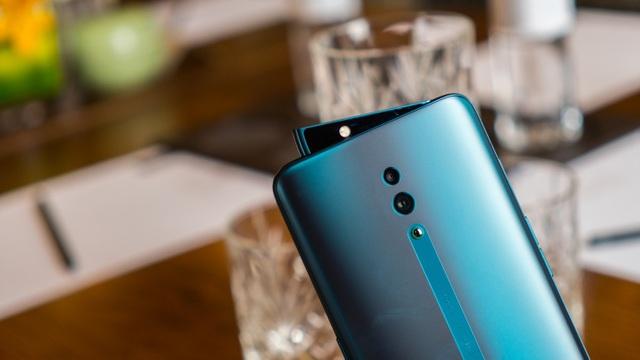 Smartphone vây cá mập Oppo Reno chính thức ra mắt, giá 12,9 triệu đồng - 2